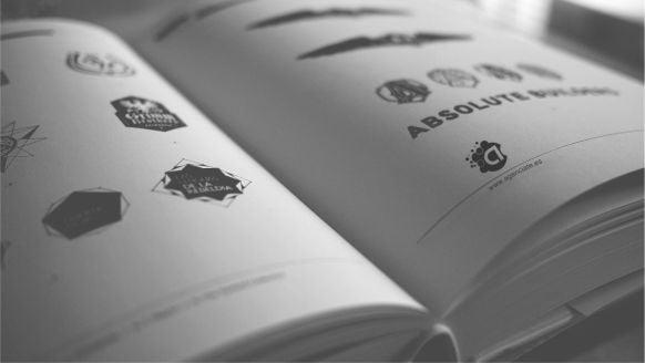 libro de logotipos